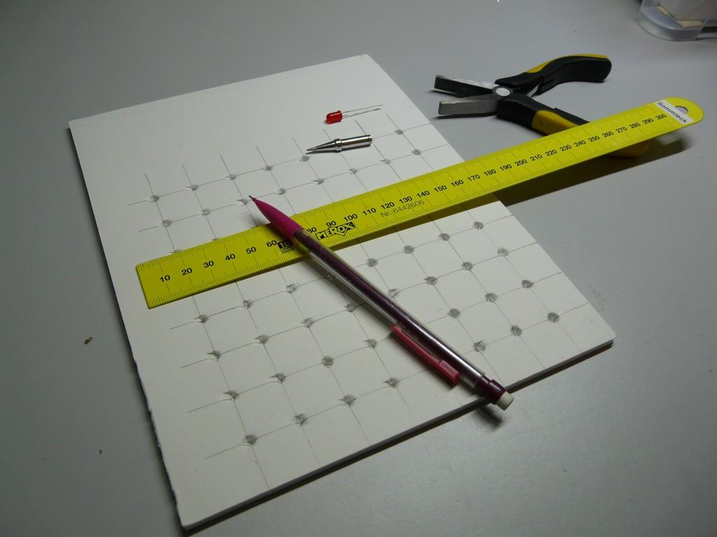 Schablone mit 8x8 Löchern
